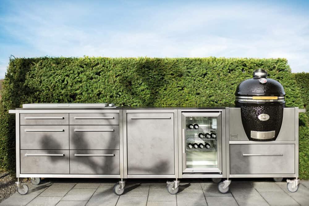 Burn-Out-Outdoor-Küche-Modulküche-grau-mit-Einbau-Grill