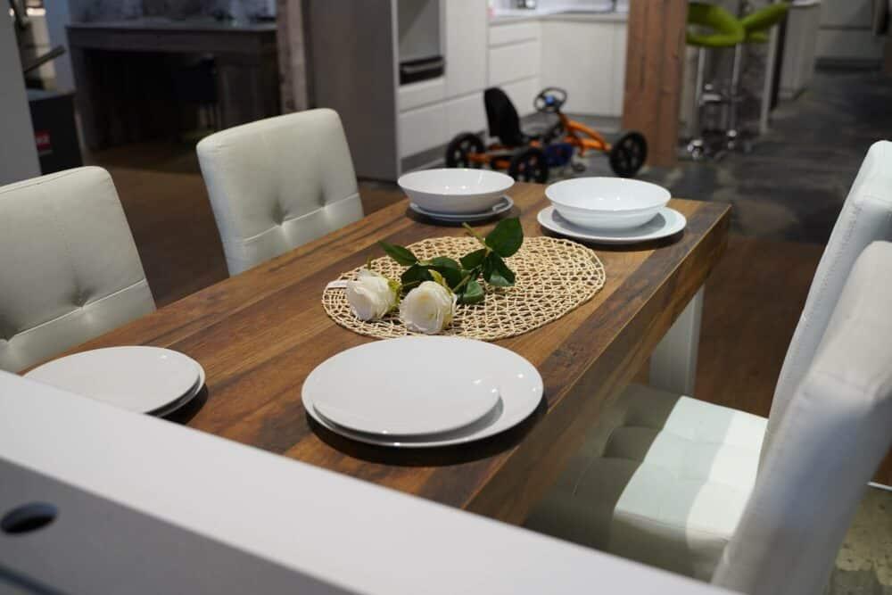 Esstisch dunkles Holz halbinsel Küche
