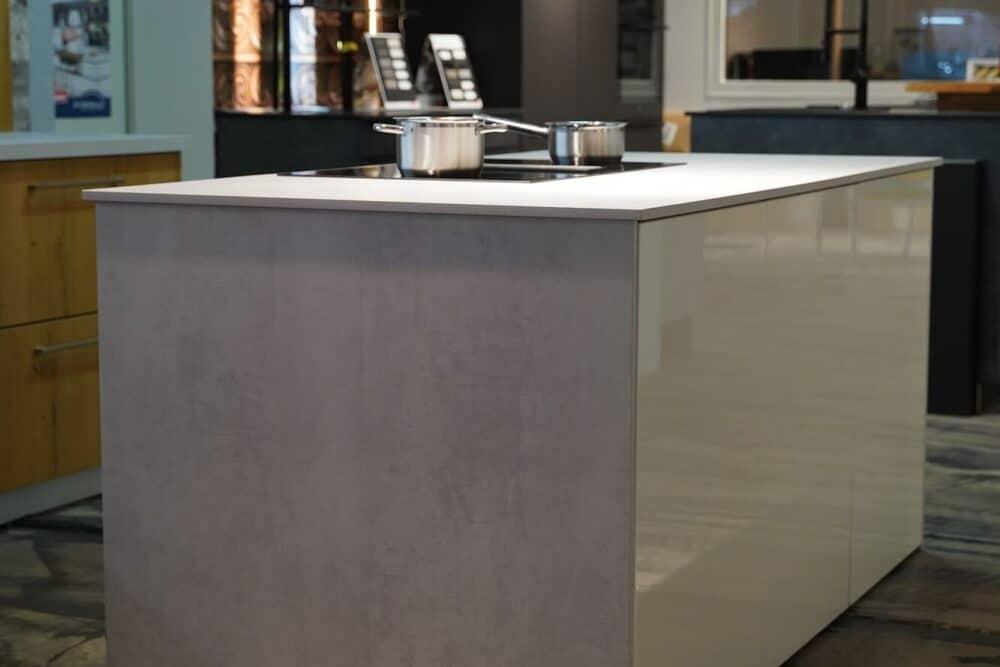 Kücheninsel weiß hochglanz lack