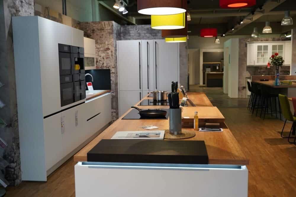 Design Insel küche hochglanz Lack mit Küchenzeile