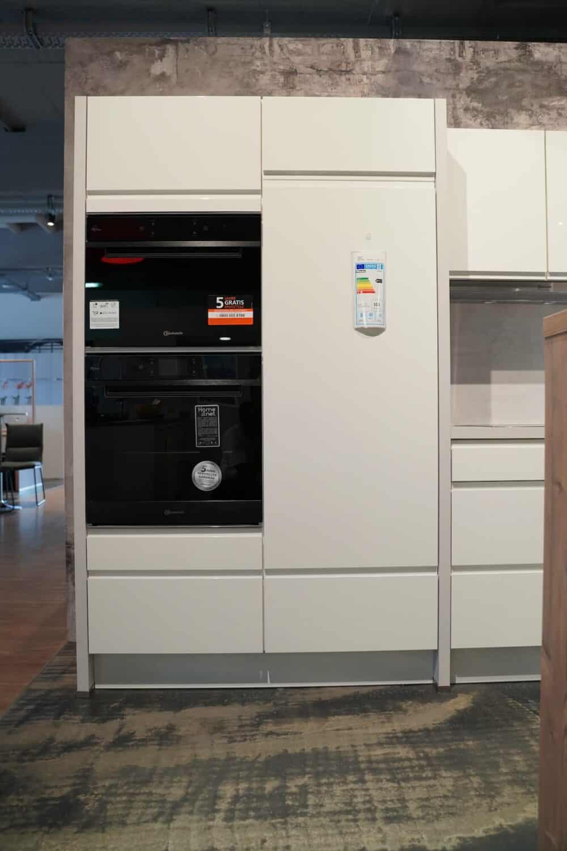 Design L-Küche hochglanz weiß