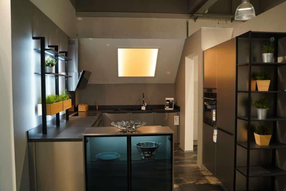 Küchenzeile u form Edelstahl Front