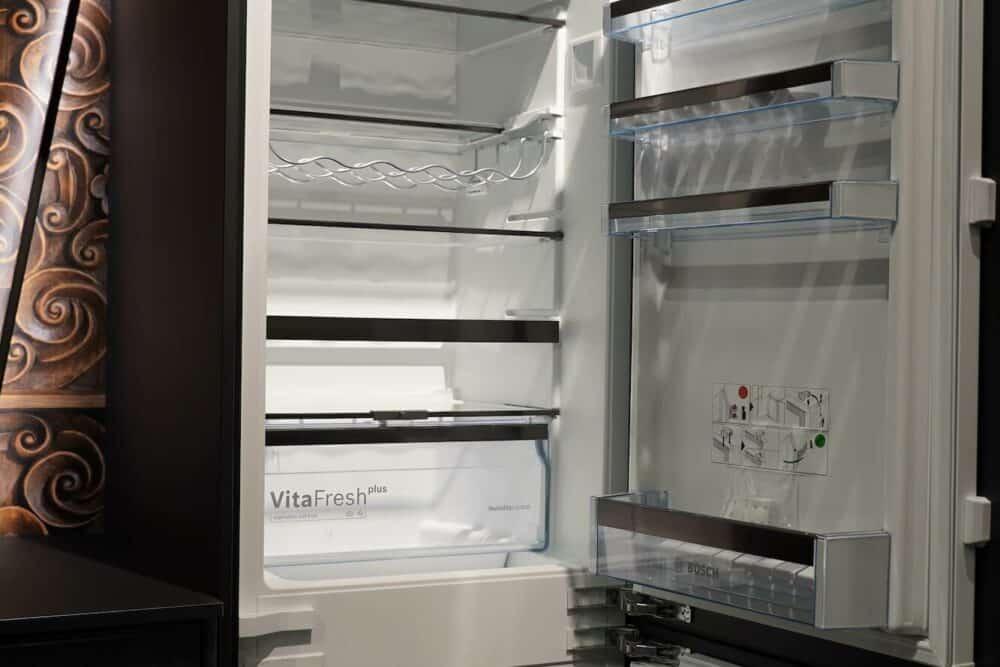 BOSCH Kühl-Gefrierkombination mit Vitafresh Funktion