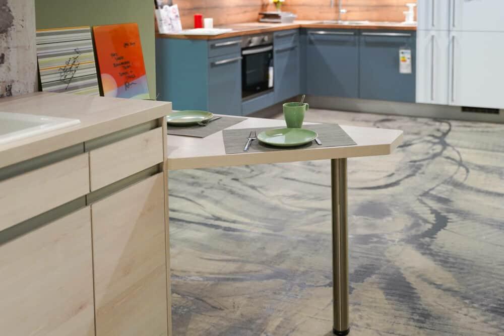 Esstresen Design Küche L-Form grifflos