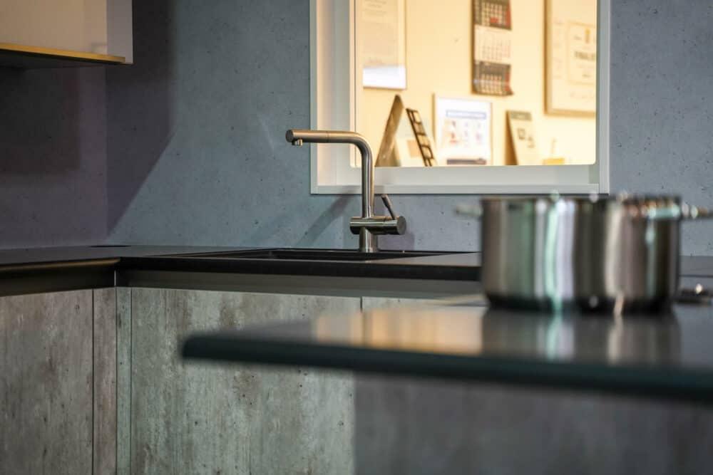 Fragranit Küchenspüle mit Edelstahl Armatur