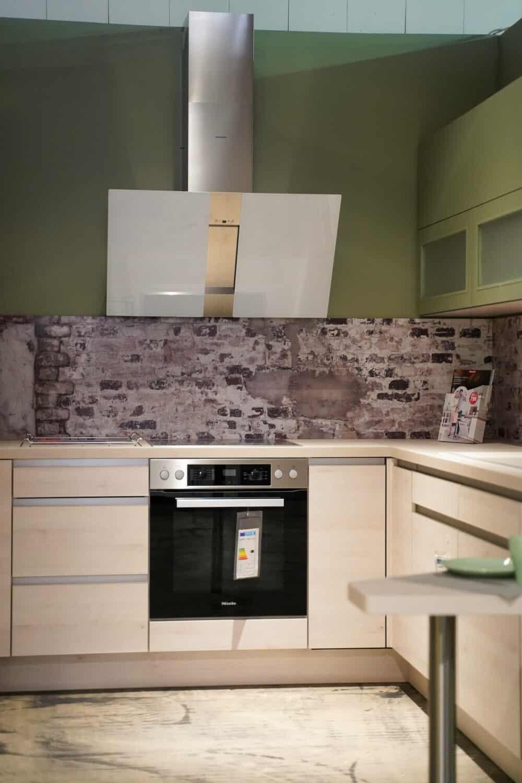 L-Küche design grifflos edelstahl griffmulden