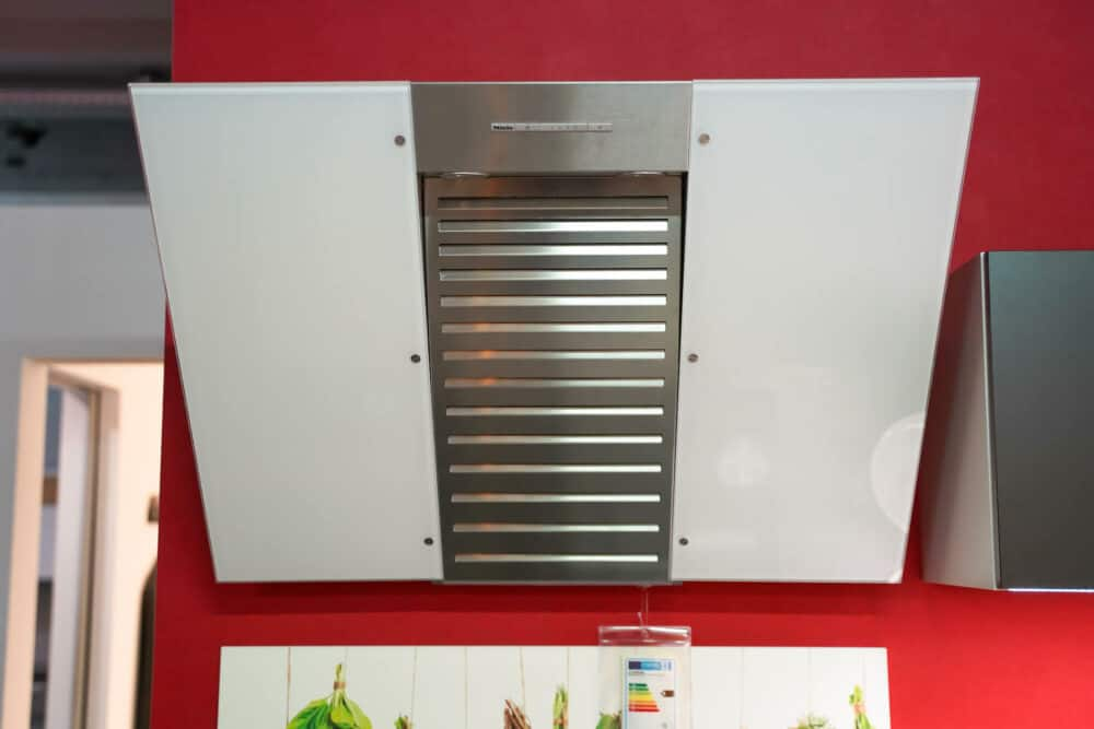 Miele Kopffreihaube Dunstabzug Bauformat L-Küche