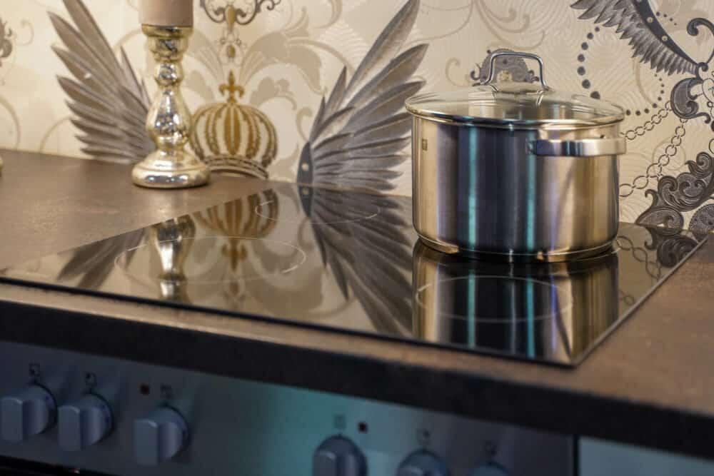 Zanker Elektrokochfeld L-Küche modern matt weiß